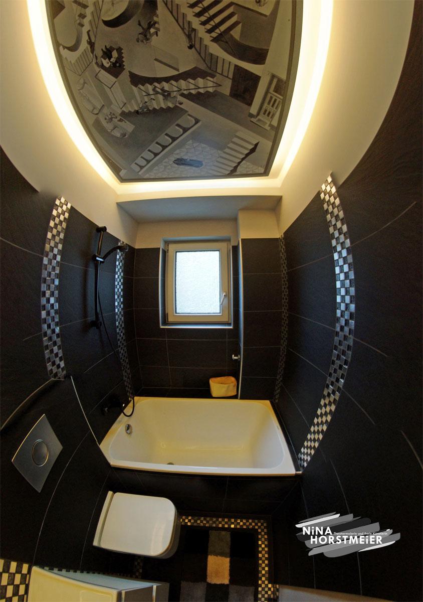 Badezimmer mit deckenbild