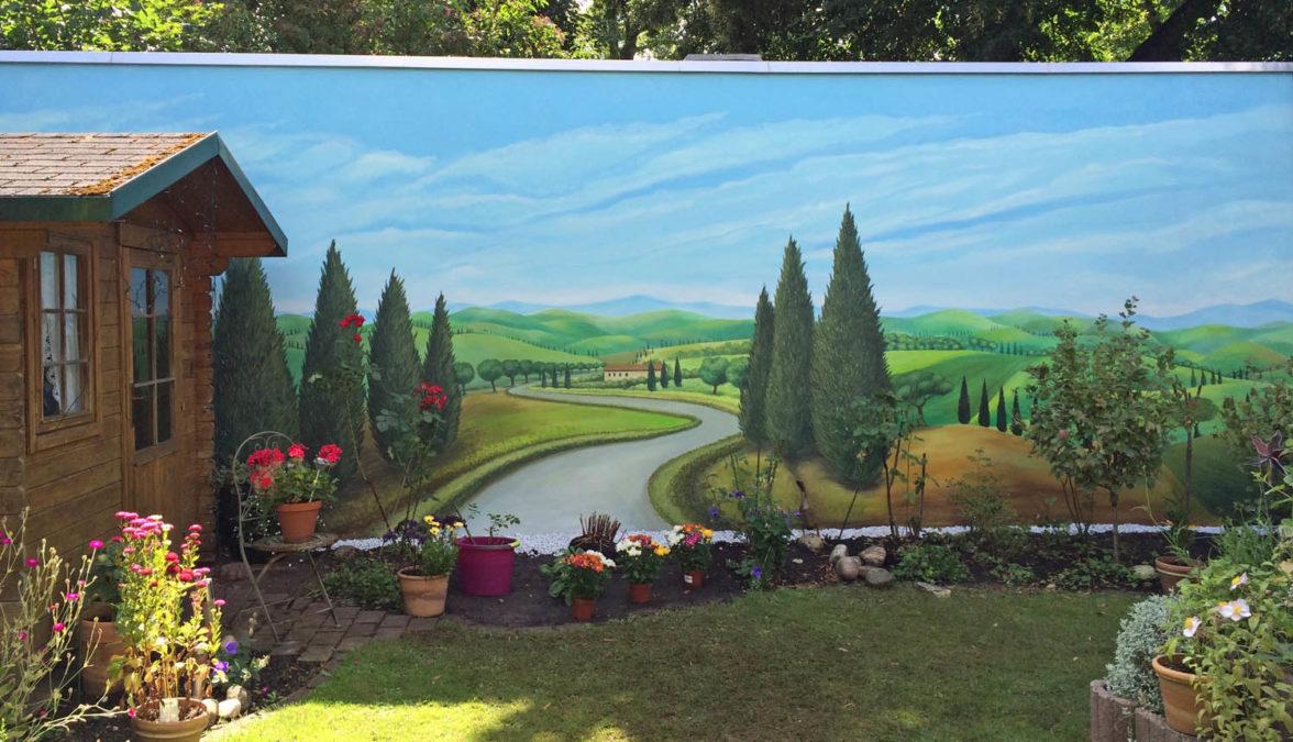 Toscanalandschaft an Gartenwand